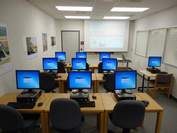 Компьютерные курсы для взрослых.